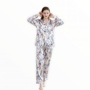 Pijama satín estampada